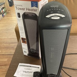 Ceramic Heater w/remote Control And Timer for Sale in Denver, CO