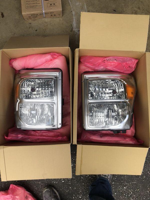 2016 F-250 Stock Headlight Assembly with headlamp bulbs