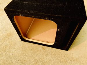 $50 / 12 inch Kicker L7 type Sub Box for Sale in Sanger, CA