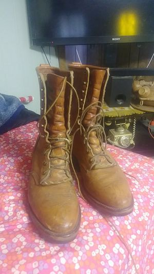 CHIPPEWA WORK BOOTS USED GOOD CONDITION $45 SIZE 9D for Sale in Bakersfield, CA