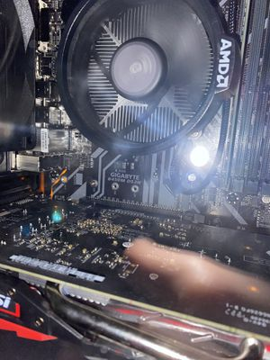 Gigabyte B450M DS3H motherboard for Sale in Fairport, NY