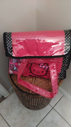 ***HELLO KITTY COSMETIC BAG*** for Sale in Decatur, GA