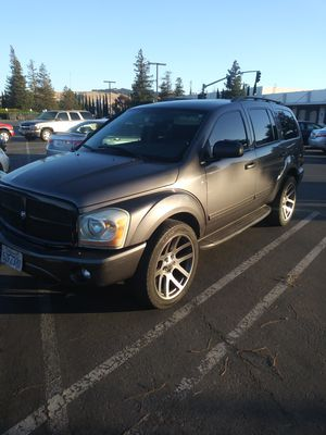 2004 Dodge durango slt 5.7 hemi 4x4 for Sale in Newark, CA