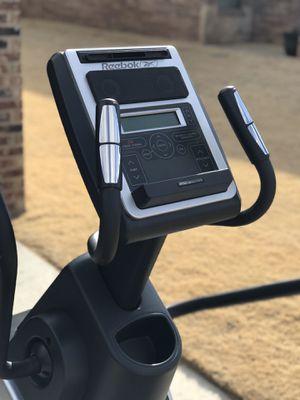 Reebok 1000x Elliptical for Sale in Lubbock, TX