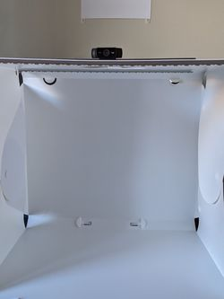 """14"""" X 16"""" Photography Table Top Light Box 104 Led Portable Photo Studio for Sale in Bethel Park,  PA"""