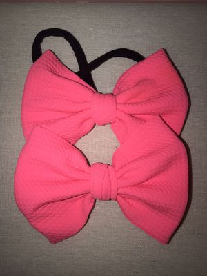Neon pink bullet fabric bow for Sale in Fullerton, CA