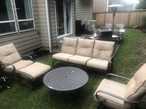 Patio Furniture Set for Sale in Bonney Lake, WA