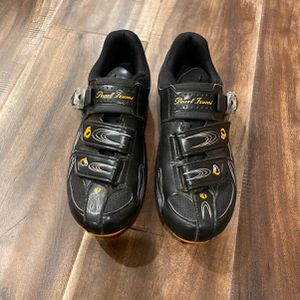 Womens Pearl Izumi Cycling Shoes With Shimano Clips Size EUR 39 for Sale in Beaverton, OR