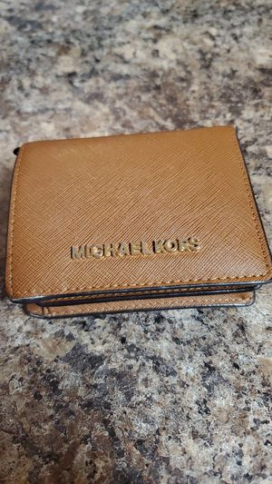 Michael Kors brown Wallet for Sale in Miami Lakes, FL