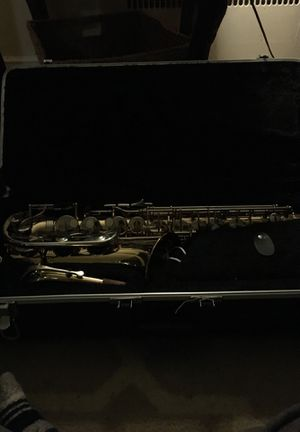 Brand new saxophone with reeds for Sale in Salem, MA