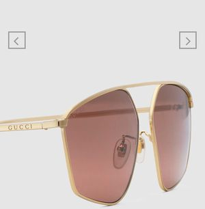 Specialized fit square-frame sunglasses in gold metal for Sale in New York, NY
