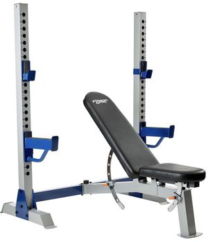 Heavy Duty Olympic Weight Bench, incline, decline, squat rack, spotter arms. Reasonable offers considered. Banco de ejercicios para pesas olímpicas for Sale in Palmetto Bay, FL