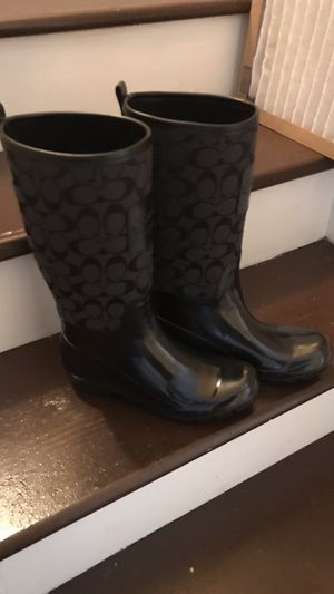 Coach rain boots size 8 for Sale in Chicago, IL