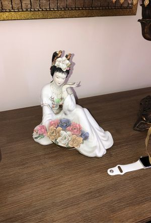doll for Sale in Los Angeles, CA