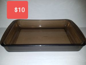 Pyrex dish for Sale in Spring, TX