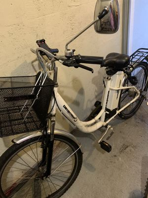 Drummer Mia white Electric bicycle $600 for Sale in Highland Beach, FL
