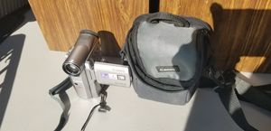 Canon Elura 50 No Charger, comes with 2 batteries for Sale in Fresno, CA