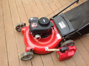 Push Lawn Mower 21' cut blade. Almost NEW. Come with 1 Gallon Gasoline Cans for Sale in Germantown, MD