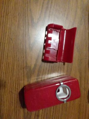 Tooth brush and tooth paste holder for Sale in Bellefontaine, OH