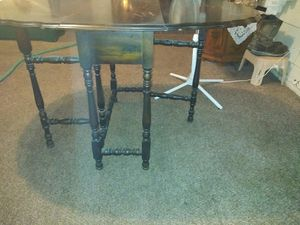 Drop leaf table from the 1900 for Sale in Midland, TX