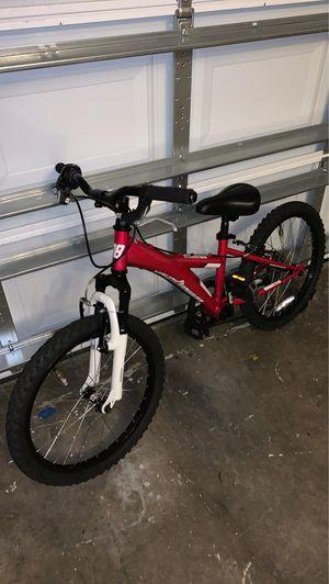 "DiamondBack 20"" Girls mountain bike for Sale in Clearwater, FL"