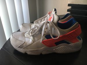 Woman Air Huarache Size 9 for Sale in Tempe, AZ