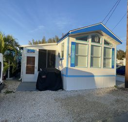 1994 Mobile Home for Sale in Saint James City,  FL