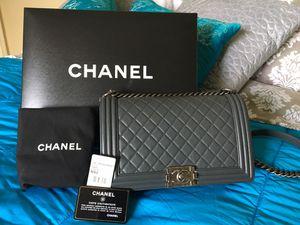 Chanel medium boy bag purse crossbody for Sale in Phoenix, AZ