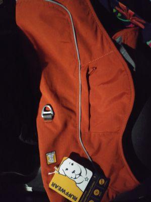 Ruffwear dog vest (Small) for Sale in Lake Stevens, WA