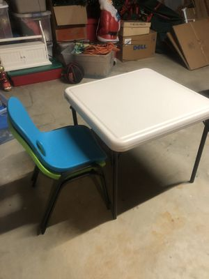 Kid's table with 2 chairs for Sale in Marietta, GA