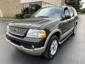 2005 Ford Explorer Eddie Bauer for Sale in Kissimmee, FL