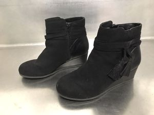 Sugar Girls Black Suede Boots With Fringe Tassle - Size 2 - Good Condition for Sale in Hampton, VA