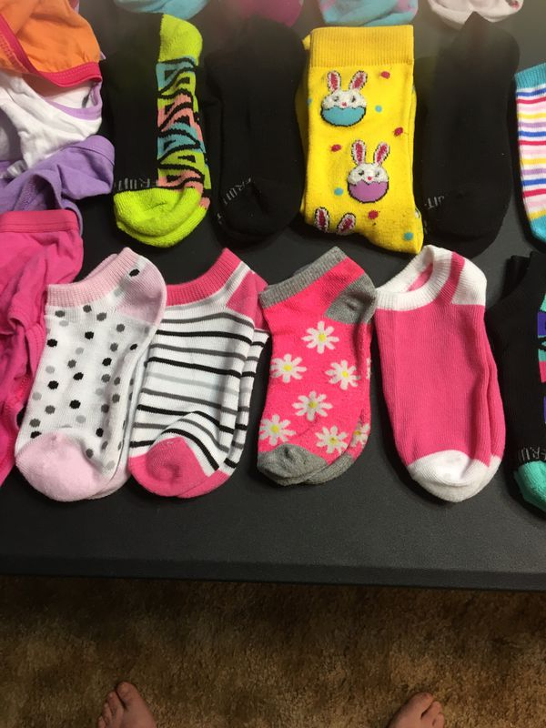 Selling a lot of my daughters stuff tonight