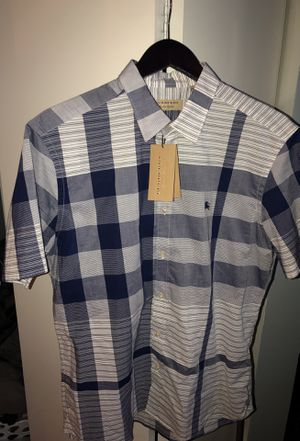 Burberry London Short Sleeved Dress Shirt Size XL for Sale in Chicago, IL