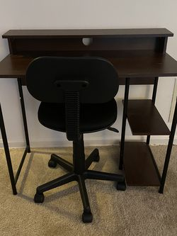 Desk And Chair Combo for Sale in San Mateo,  CA