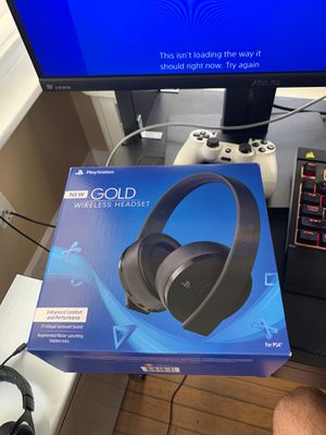 PlayStation 4 GOLD WIRELESS headset for Sale in Atlantic City, NJ