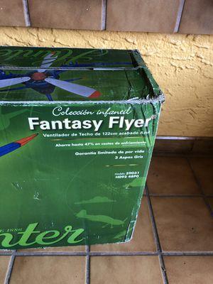 Ventilador de techo con forma de avion for Sale in Hollywood, FL