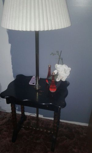 Table/lamp for Sale in IL, US