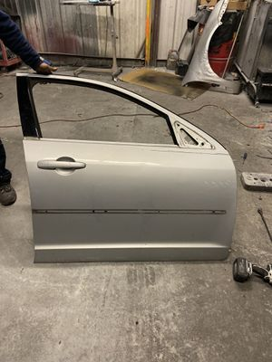 2010 Ford Fusion front passenger door (parts) for Sale in Houston, TX