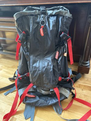 COLEMAN EXPONENT INTERNAL HIKING BACKPACK for Sale in March Air Reserve Base, CA