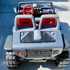 Jeep Wrangler Hemi Power Wheels by Fisher-Price for Sale in Miami, FL