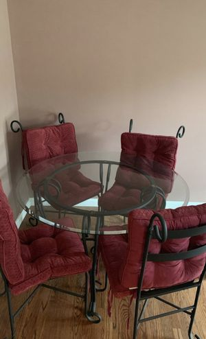 Nice thick beveled kitchen glass table for Sale in Cherry Hill, NJ