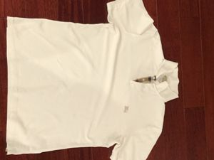 White Burberry Brit XL for Sale in Glenn Dale, MD