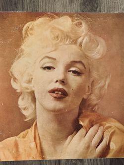 Marilyn Monroe Legends Vinyl Album for Sale in Phoenix,  AZ