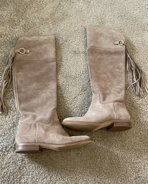 Michaels Kors knee high boots for Sale in Parkdale, OH