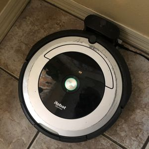iRobot Roomba Authomatic Vacuum Cleaner for Sale in Tampa, FL