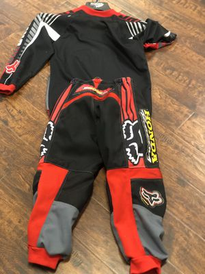 Fox HONDA motorcycle gear for kids pants, shirt, And a chest protector. SIZE M8 for Sale in City of Industry, CA