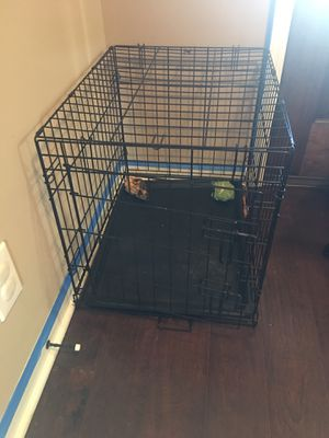 Small dog crate for Sale in Chapel Hill, TN