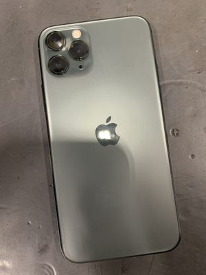 Apple iPhone 11 Pro UNLOCKED for Sale in Chillum, MD