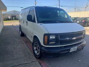 1999 chevy Express cargo van for Sale in Dallas, TX